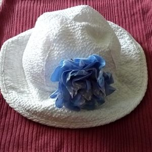 Koala Kids Newborn Flower Sun Chinstrap Hat